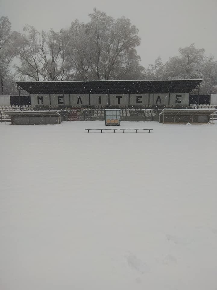 Το χιονισμένο γήπεδο του Μελιτέα Μελιτης (Κυριακή 18/11/2018)